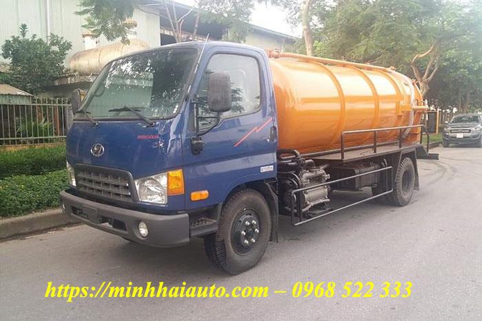 xe hút chất thải hyundai 6 khối hd700