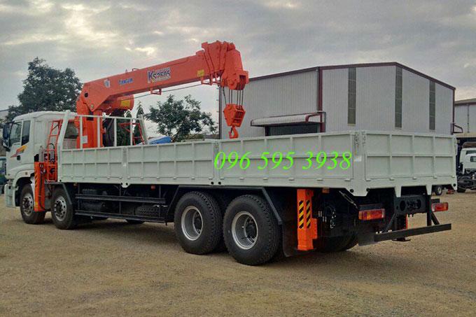 xe tải thaco auman gắn cẩu kanglim 10 tấn