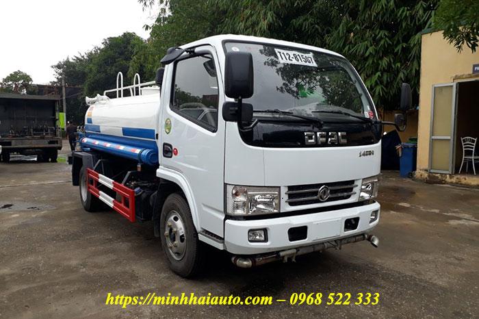xe phun nước rửa đường dongfeng 5 khối