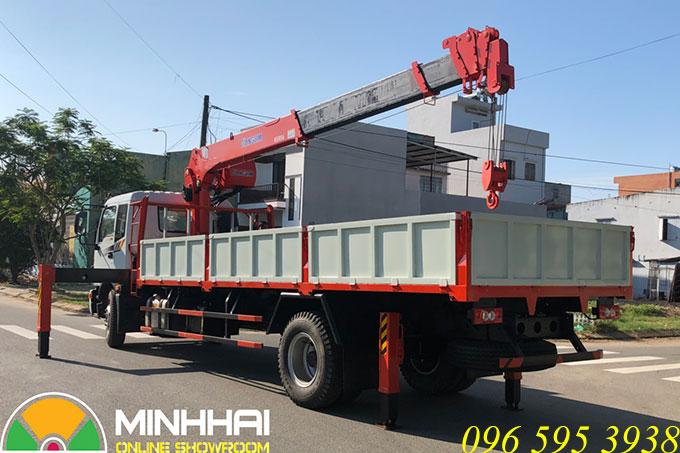 xe tải auman c160 gắn cẩu kanglim 5 tấn 6 đốt