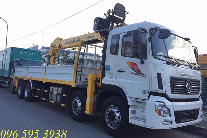 xe tải dongfeng gắn cẩu soosan 10 tấn scs1015ls