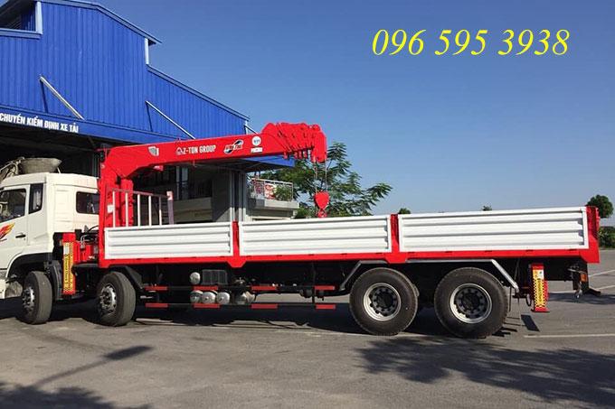 xe tải dongfeng hoàng huy gắn cẩu atom 7 tấn