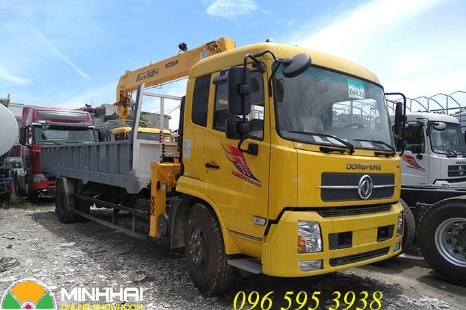 xe tải dongfeng hoàng huy gắn cẩu soosan 5 tấn