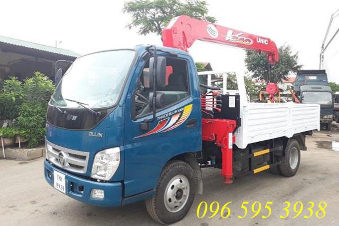 xe tải thaco ollin 500b gắn cẩu unic 3 tấn