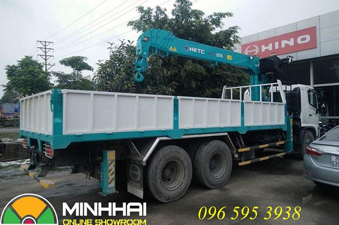 xe tải hino 3 chân gắn cẩu hktc 7 tấn