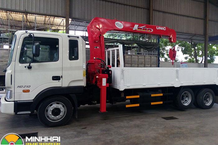 xe cẩu 12 tấn hyundai hd210