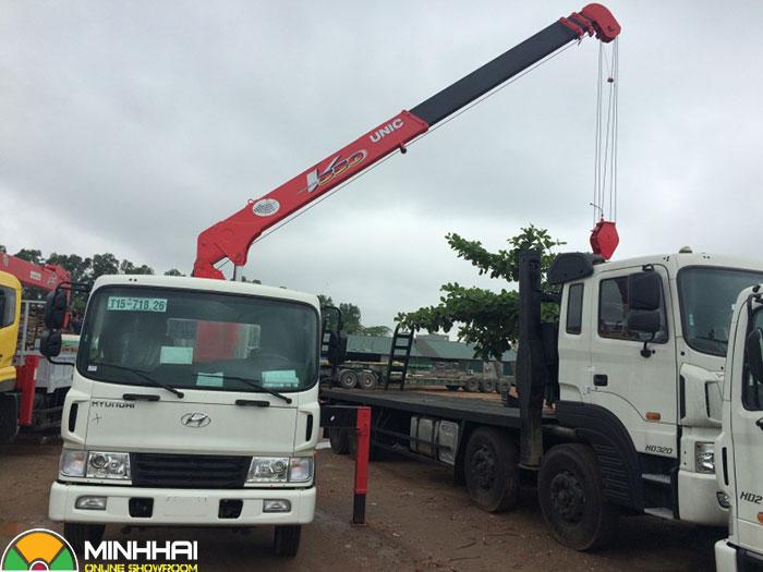 xe cẩu hyundai 12 tấn
