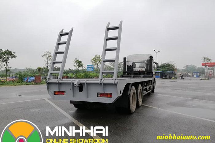 xe chở máy công trình faw 4 chân