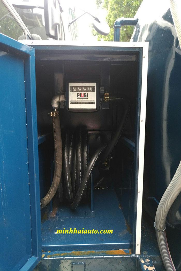xe bồn chở xăng dầu ollin 350 kèm bơm cấp lẻ