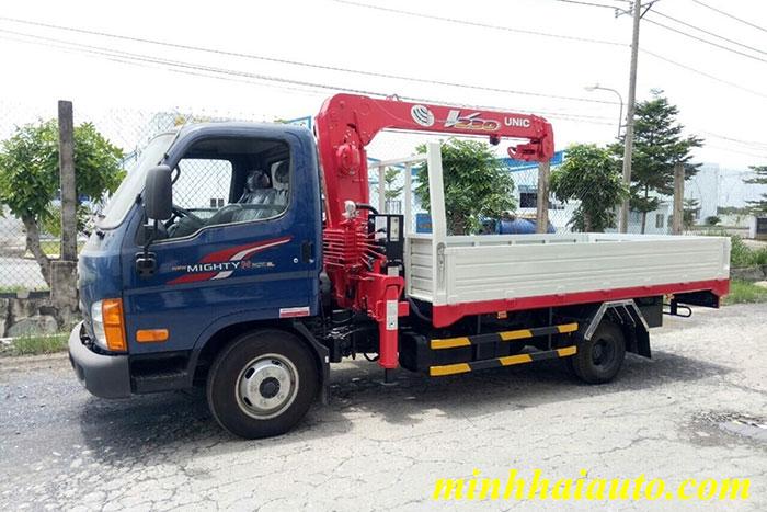 hyundai n250 gắn cẩu unic 3 tấn